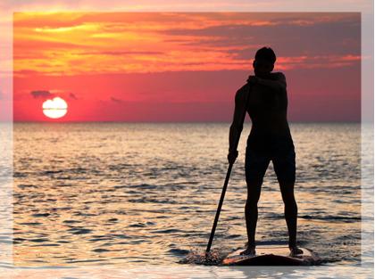 paddleboarding weekendowe aktywności jakie oferuje Ośrodek Uzależnień