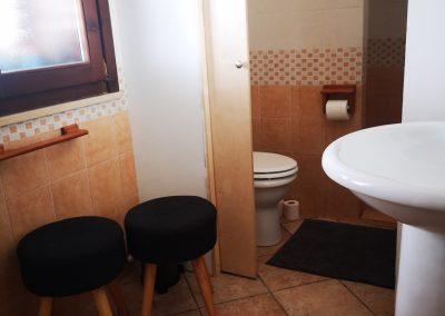 Wnętrze łazienki w Ośrodku Leczenia Uzależnień