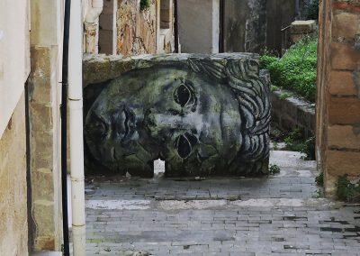 Historyczna rzeźba