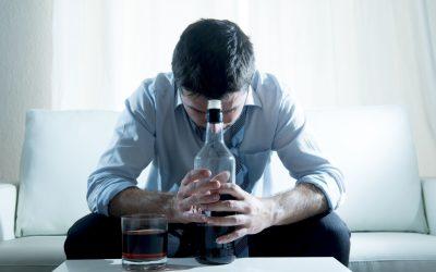 Jak rozmawiać z alkoholikiem? 7 ważnych wskazówek.