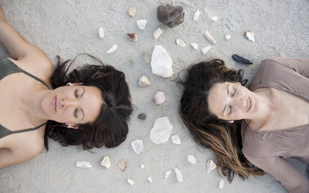 Jak zacząć medytować, by podnieść odporność na stres? Medytacja mindfulness krok po kroku.