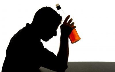 Leczenie alkoholizmu – dlaczego alkoholik odmawia pomocy?