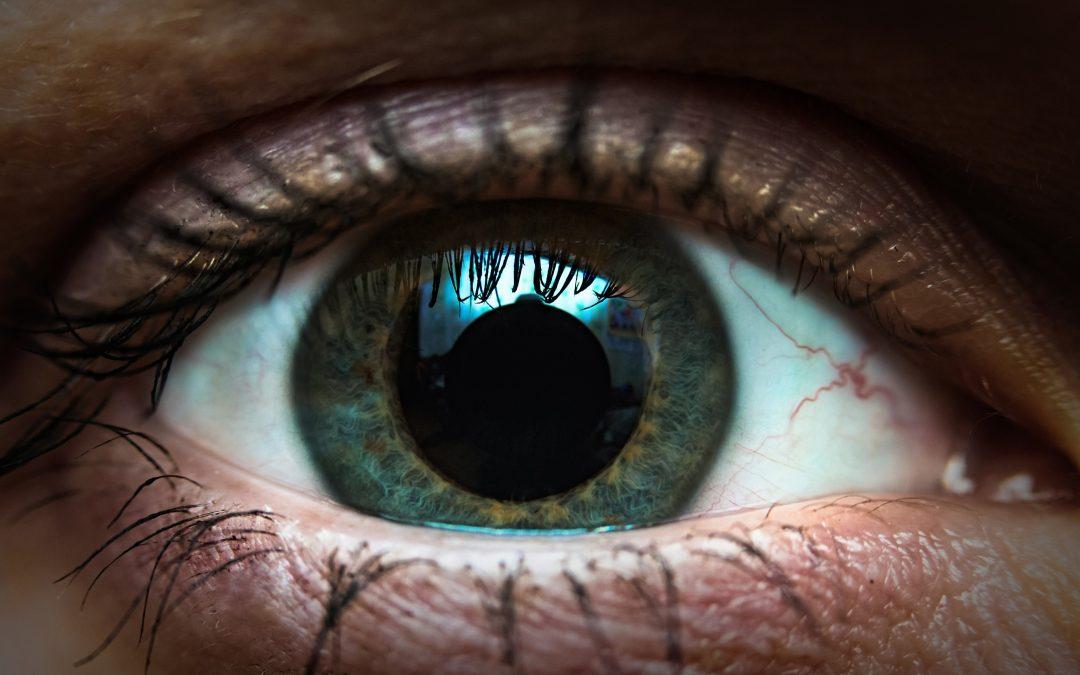 Oczy po kokainie – rozpoznaj uzależnienie